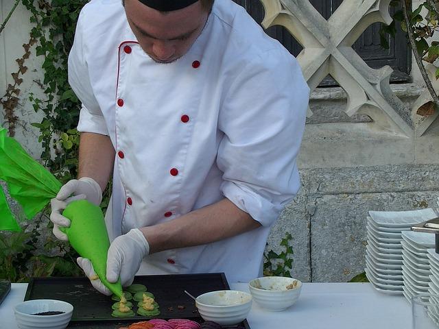 kuchař, venkovní vaření