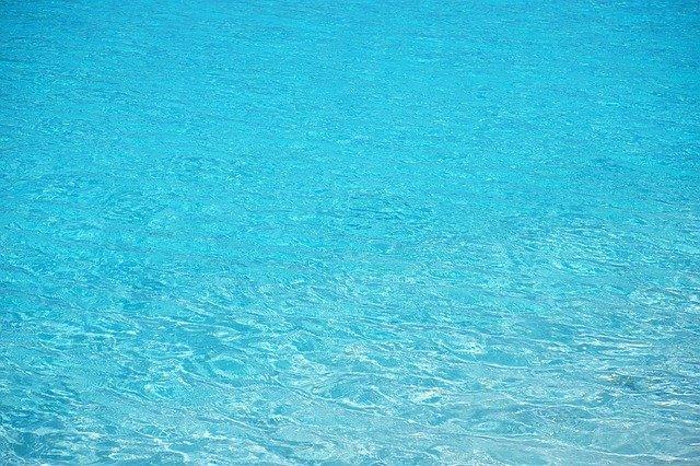 průzračná voda