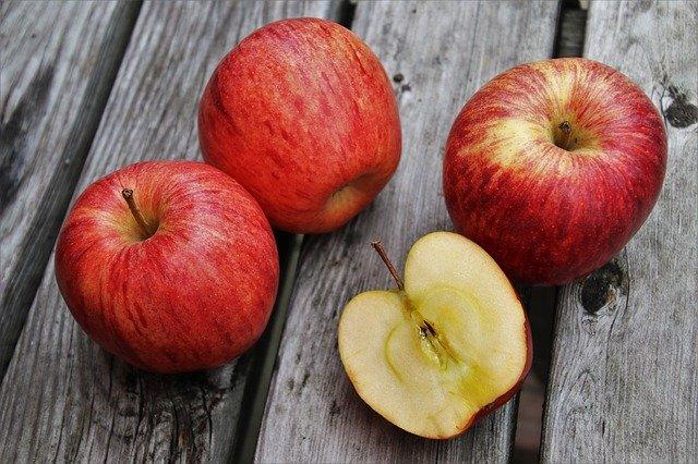 3 a půl jablka